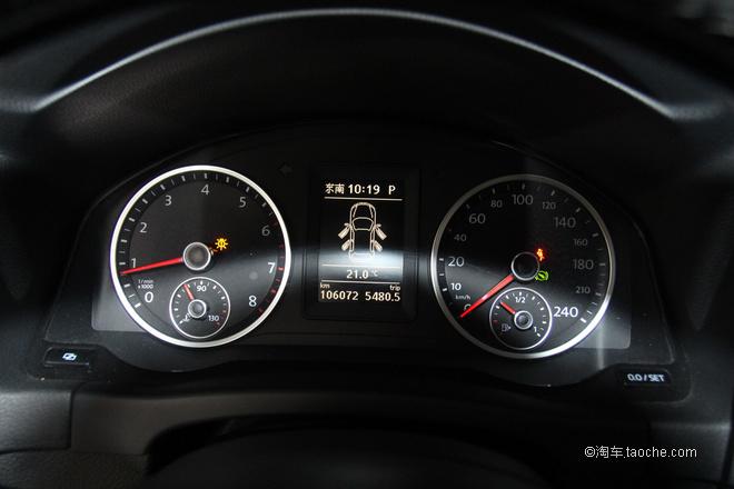 换挡顺畅空调制冷效果正常,仪表有个刹车灯故障,换个刹车灯泡就可以了